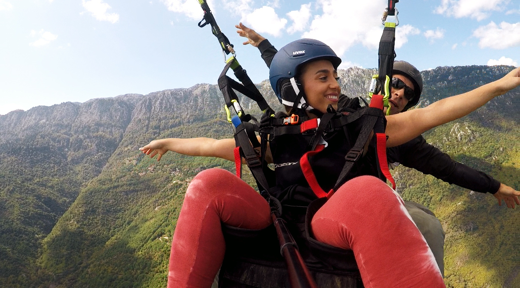 tandem paragliding fly like a bird